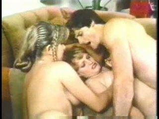 خمر, مجموعة من ثلاثة أشخاص, سكس