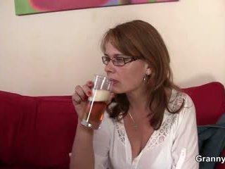 Drunken мама gets тя влагалище пробити