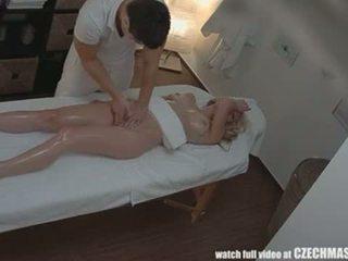Tjeckiska massagen anala blondin