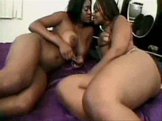 big clit ebony lesbo