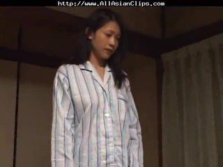 Ιαπωνικό λεσβιακό ασιάτης/ισσα cumshots ασιάτης/ισσα καταπίνοντας ιαπωνικό κινέζικο