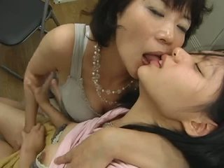 日本語 成熟した レズビアン hits 上の ティーン ビデオ