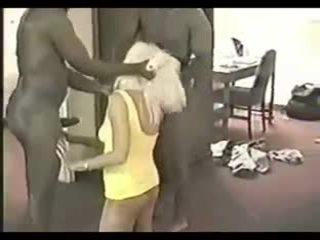Punishing jeho podvádzanie manželka