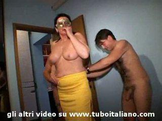 อิตาเลียน เมีย cuckolds ของเขา hubby lei troia lui cornuto