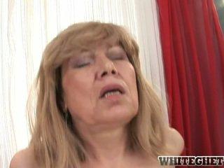 Müthiş eski blondie having onu ağlayan sualtı banged özellikle sevimli