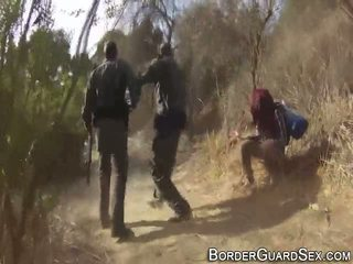 נוער fucks border guard