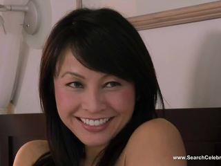 Christine nguyen og melissa jacobs sensuous koner sinsations (2011)