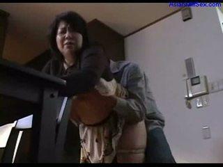 Hot lemak mom aku wis dhemen jancok giving bukkake for guy rubbing jago with susu