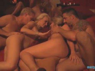 Swinger majlis pesta seks berkumpulan dengan 6 couples