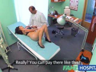 Fakehospital वियेट्नामीस रोगी gives डॉक्टर एक यौन reward