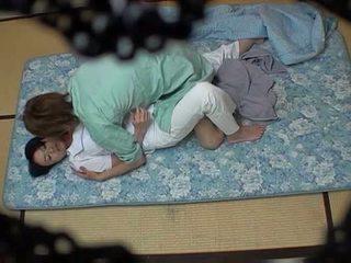 होटेल masseuse used द्वारा होटेल guest