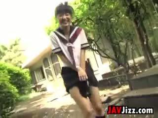 Japonez schoolgirls flashing chilotei