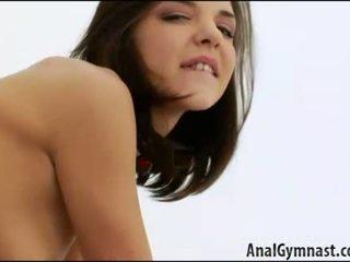 Cona licking cu masturbação feminina e broche henessy, k. jamaica