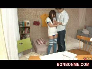 Insegnante gives sesso educazione a giovanissima tettona ragazza 002