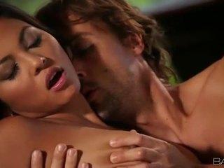 hardcore sex παρακολουθείστε, στοματικό σεξ εσείς, Καυτά πιπιλίζουν όλα