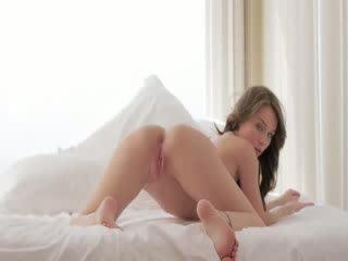 khiêu dâm, đại học, cô gái học đại học