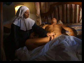 Olasz apáca does anális