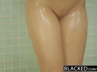 Blacked adultère blonde gf zoey monroe barely takes bbc en son cul