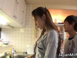 Anri suzuki giapponese beauty engulfing
