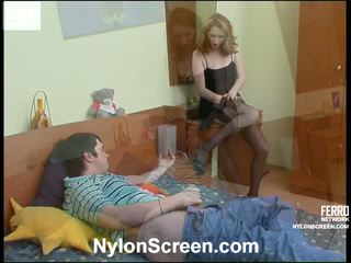 Irene adam kåta nylon action1