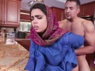 Ada sanchez gets pieprzyć w the kuchnia