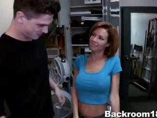 Veronica avluv knullet i bakrom