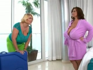 Bella e grassa (bbw) lesbica amore