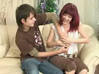 Sekss ar māte
