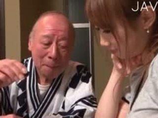 giapponese, bimbo, vecchio + giovane